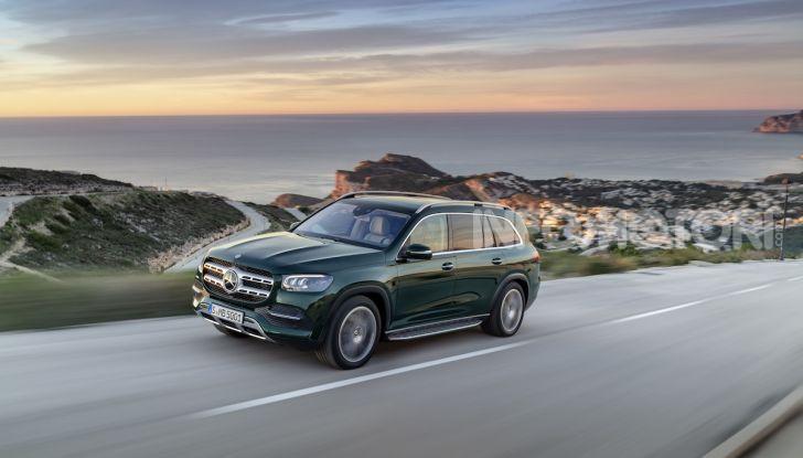 Mercedes GLS 2019: il nuovo SUV ammiraglio della casa tedesca - Foto 37 di 70