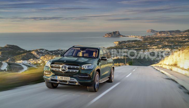 Mercedes GLS 2019: il nuovo SUV ammiraglio della casa tedesca - Foto 38 di 70