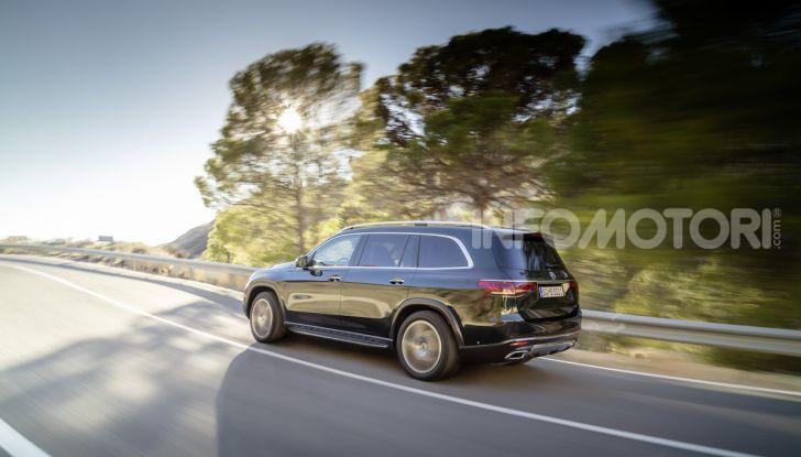 Mercedes GLS 2019: il nuovo SUV ammiraglio della casa tedesca - Foto 39 di 70