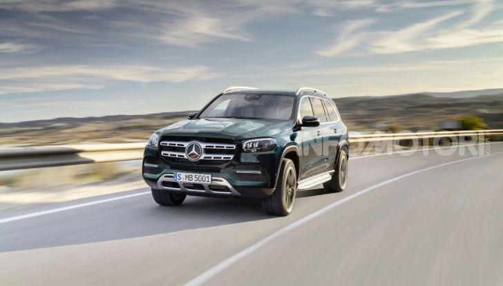 Mercedes GLS 2019: il nuovo SUV ammiraglio della casa tedesca - Foto 40 di 70