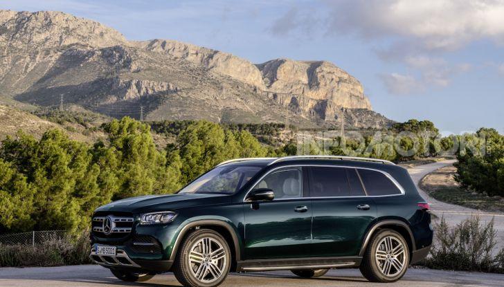 Mercedes GLS 2019: il nuovo SUV ammiraglio della casa tedesca - Foto 49 di 70