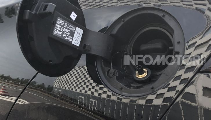 Nissan Micra GPL: autonomia di oltre 1.000 km - Foto 4 di 8