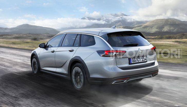 Opel Insigna Country Tourer 2019: rinasce la station wagon tedesca - Foto 2 di 9