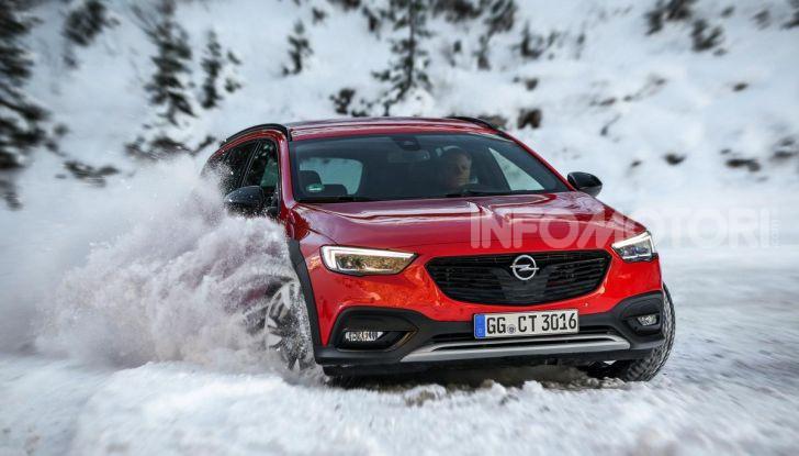 Opel Insigna Country Tourer 2019: rinasce la station wagon tedesca - Foto 6 di 9