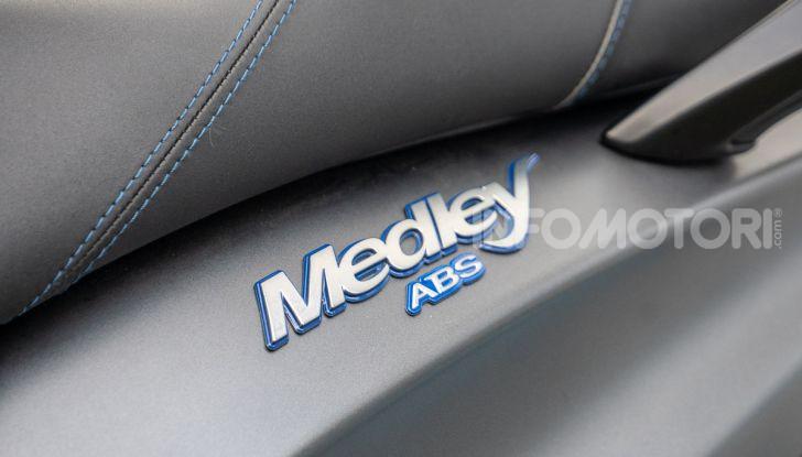 Prova Piaggio Medley 150 SE: commuter urbano Made in Italy - Foto 4 di 47