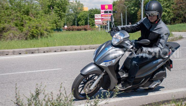 Prova Piaggio Medley 150 SE: commuter urbano Made in Italy - Foto 35 di 47