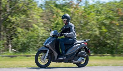 Prova Piaggio Medley 150 SE: commuter urbano Made in Italy