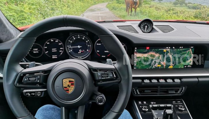 Nuova Porsche 911 (992): Prova su strada in Corsica della nuova Carrera S - Foto 10 di 69