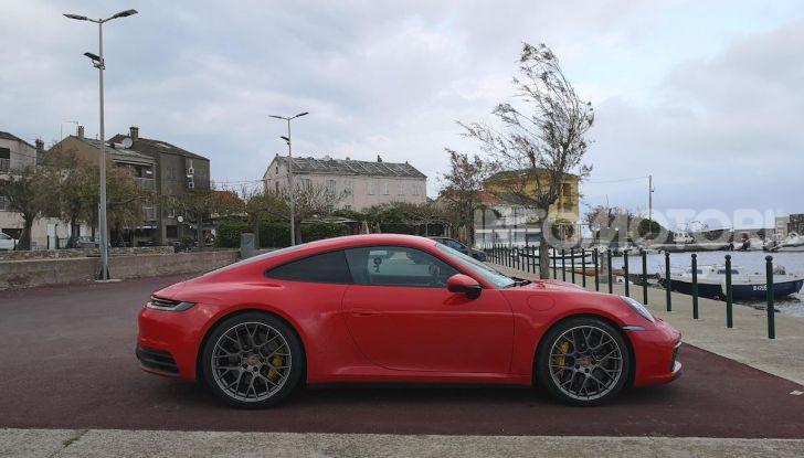 Nuova Porsche 911 (992): Prova su strada in Corsica della nuova Carrera S - Foto 14 di 69