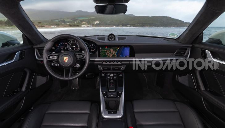 Nuova Porsche 911 (992): Prova su strada in Corsica della nuova Carrera S - Foto 31 di 69