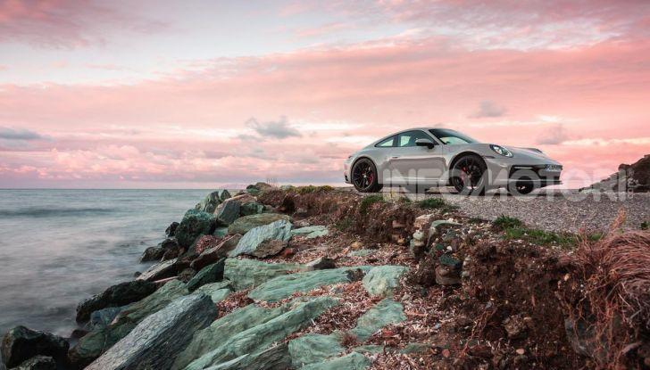 Nuova Porsche 911 (992): Prova su strada in Corsica della nuova Carrera S - Foto 46 di 69
