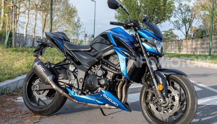 """Prova Suzuki GSX-S750 Yugen Carbon: la Naked """"italiana"""" che arriva dal Giappone - Foto 3 di 42"""