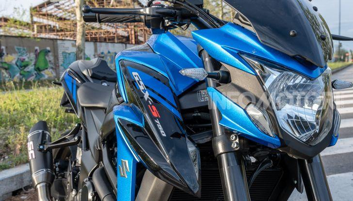 """Prova Suzuki GSX-S750 Yugen Carbon: la Naked """"italiana"""" che arriva dal Giappone - Foto 7 di 42"""