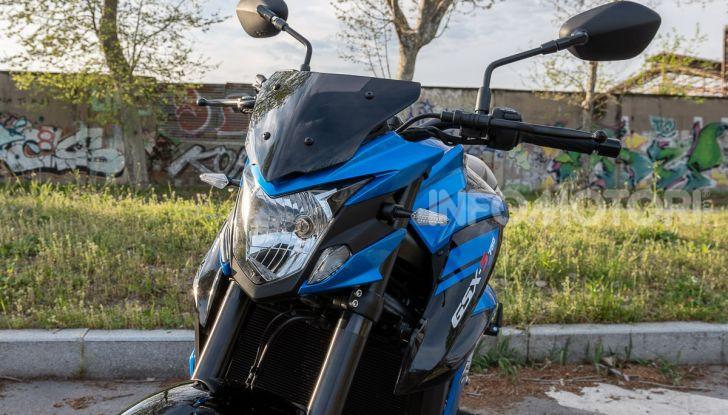 """Prova Suzuki GSX-S750 Yugen Carbon: la Naked """"italiana"""" che arriva dal Giappone - Foto 8 di 42"""