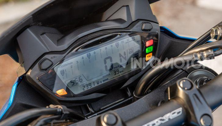 """Prova Suzuki GSX-S750 Yugen Carbon: la Naked """"italiana"""" che arriva dal Giappone - Foto 20 di 42"""