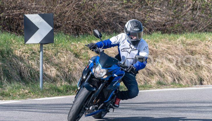 """Prova Suzuki GSX-S750 Yugen Carbon: la Naked """"italiana"""" che arriva dal Giappone - Foto 26 di 42"""