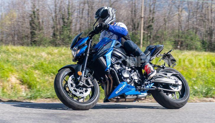 """Prova Suzuki GSX-S750 Yugen Carbon: la Naked """"italiana"""" che arriva dal Giappone - Foto 29 di 42"""