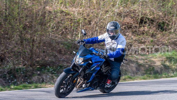 """Prova Suzuki GSX-S750 Yugen Carbon: la Naked """"italiana"""" che arriva dal Giappone - Foto 30 di 42"""