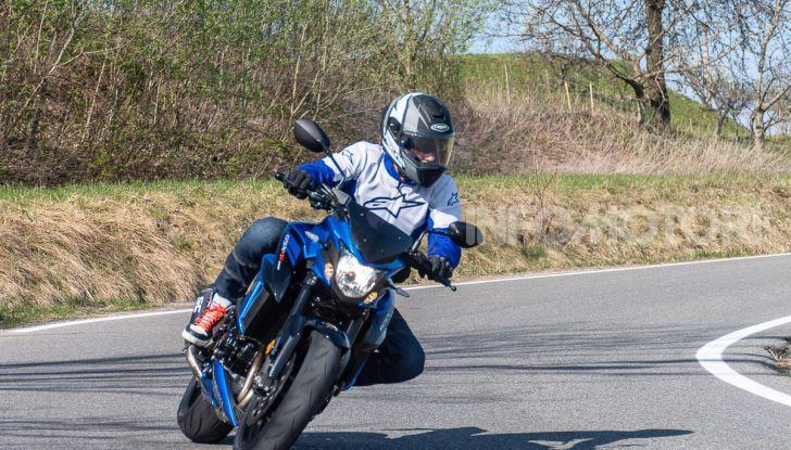 """Prova Suzuki GSX-S750 Yugen Carbon: la Naked """"italiana"""" che arriva dal Giappone - Foto 33 di 42"""