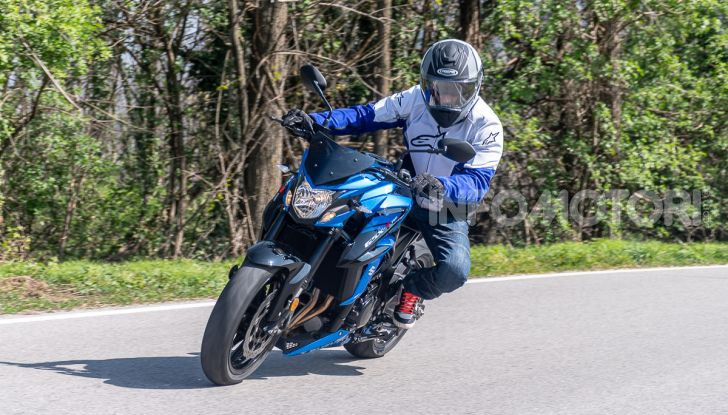 """Prova Suzuki GSX-S750 Yugen Carbon: la Naked """"italiana"""" che arriva dal Giappone - Foto 36 di 42"""