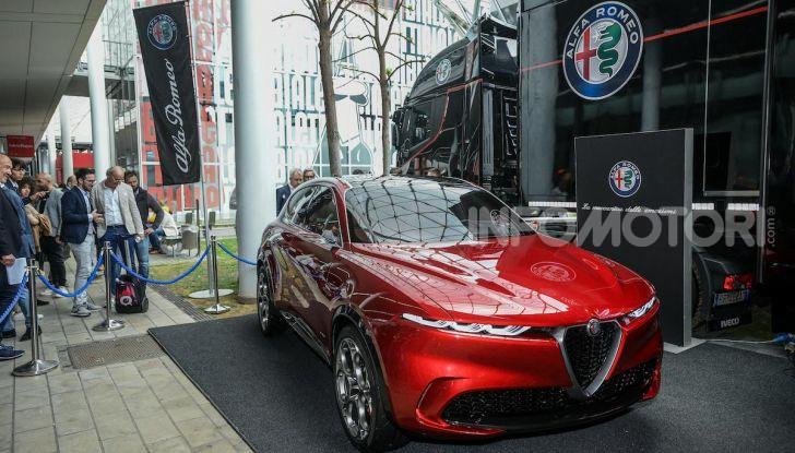 Alfa Romeo Tonale al Salone del Mobile 2019: un'auto come oggetto di design - Foto 3 di 6
