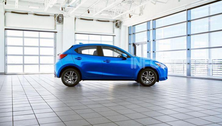 Nuova Toyota Yaris 2020, la versione Hatchback deriva da Mazda2 - Foto 2 di 10