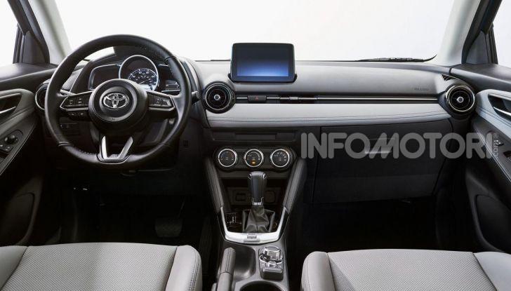 Nuova Toyota Yaris 2020, la versione Hatchback deriva da Mazda2 - Foto 8 di 10