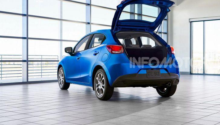 Nuova Toyota Yaris 2020, la versione Hatchback deriva da Mazda2 - Foto 4 di 10