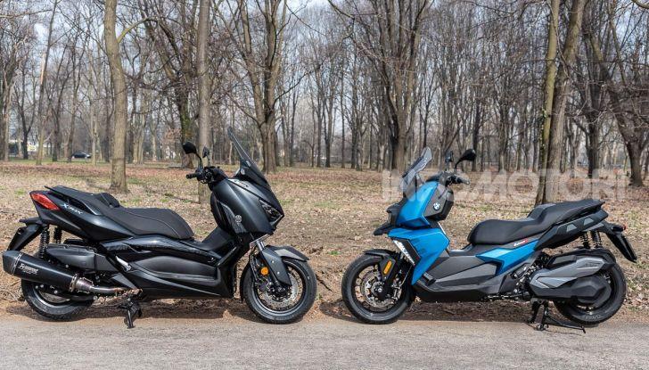 Confronto scooter 400: Bmw C400X e Yamaha XMAX 400 Iron Max - Foto 37 di 48