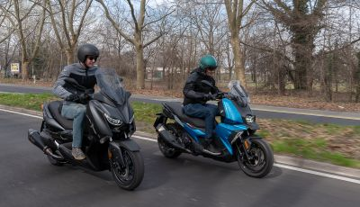 Confronto scooter 400: Bmw C400X e Yamaha XMAX 400 Iron Max
