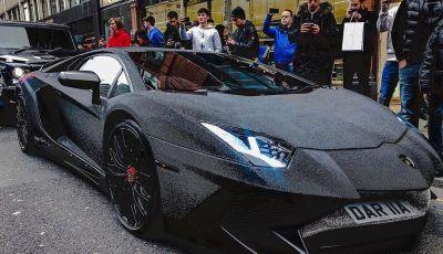 La Lamborghini Aventador SV di una ragazza russa con 2 milioni di Swarovski