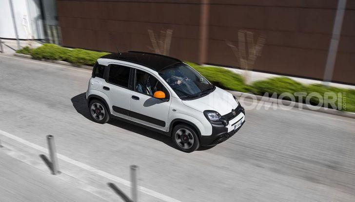 Fiat Panda Connected by Wind, la nuova serie speciale - Foto 9 di 21