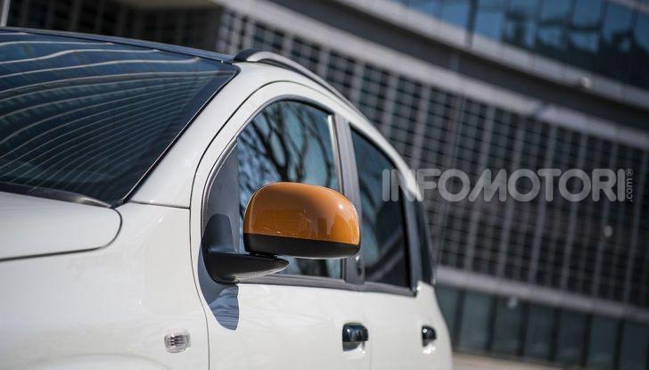 Fiat Panda Connected by Wind, la nuova serie speciale - Foto 13 di 21