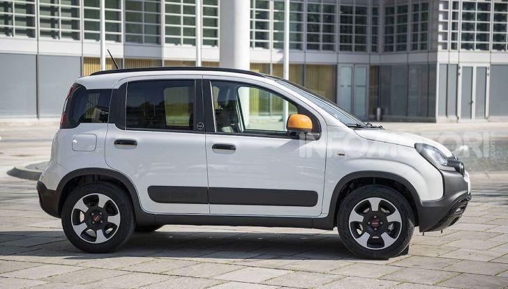 Fiat Panda Connected by Wind, la nuova serie speciale - Foto 15 di 21