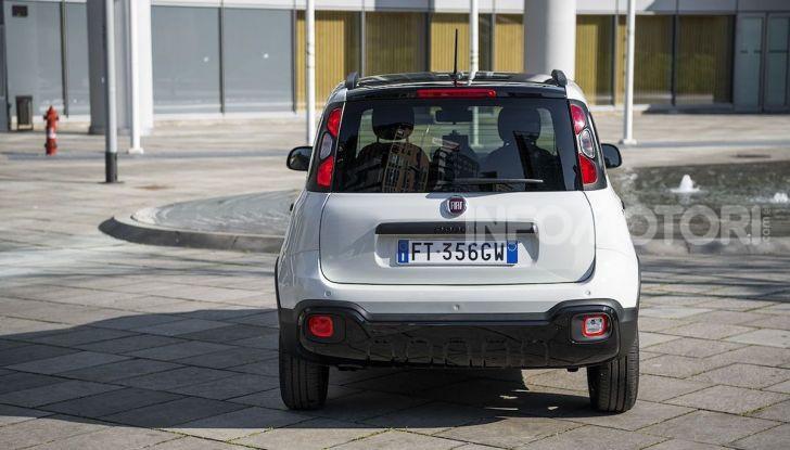 Fiat Panda Connected by Wind, la nuova serie speciale - Foto 16 di 21