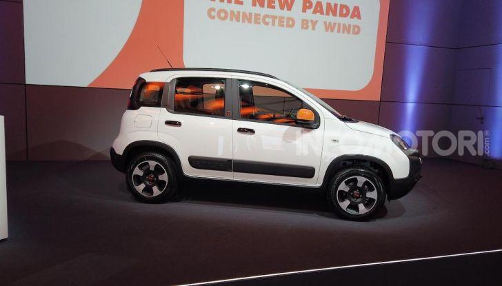 Fiat Panda Connected by Wind, la nuova serie speciale - Foto 21 di 21
