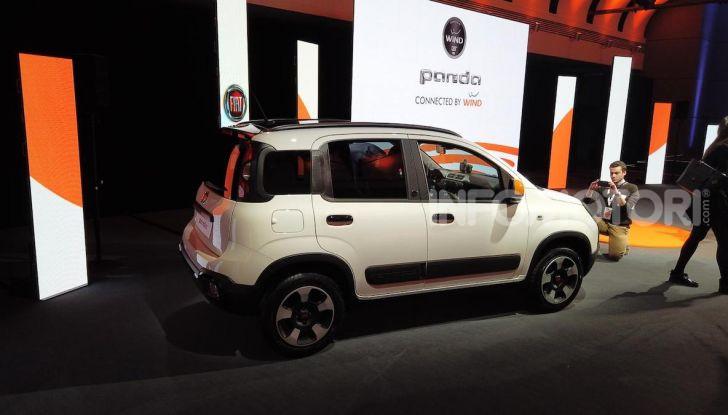 Fiat Panda Connected by Wind, la nuova serie speciale - Foto 18 di 21