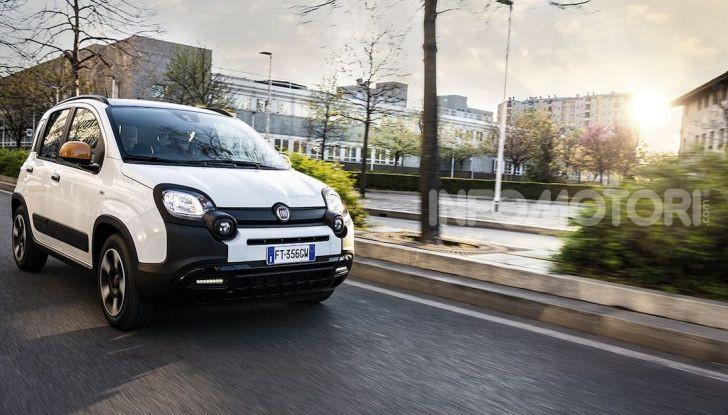 Fiat Panda Connected by Wind, la nuova serie speciale - Foto 2 di 21