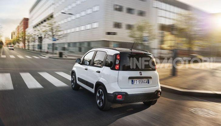 Fiat Panda Connected by Wind, la nuova serie speciale - Foto 5 di 21