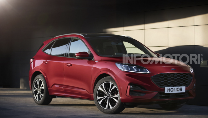 Ford Kuga: la terza generazione è più tecnologica e ibrida - Foto 10 di 11