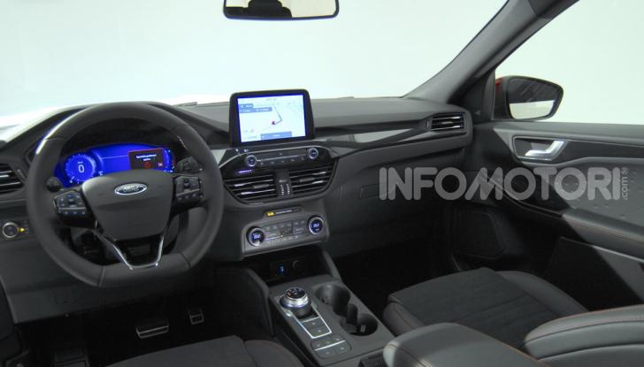 Ford Kuga: la terza generazione è più tecnologica e ibrida - Foto 4 di 11