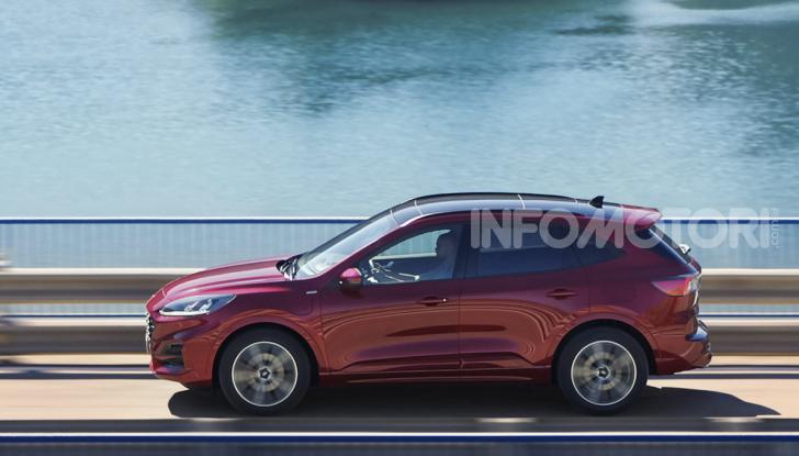 Ford Kuga: la terza generazione è più tecnologica e ibrida - Foto 9 di 11