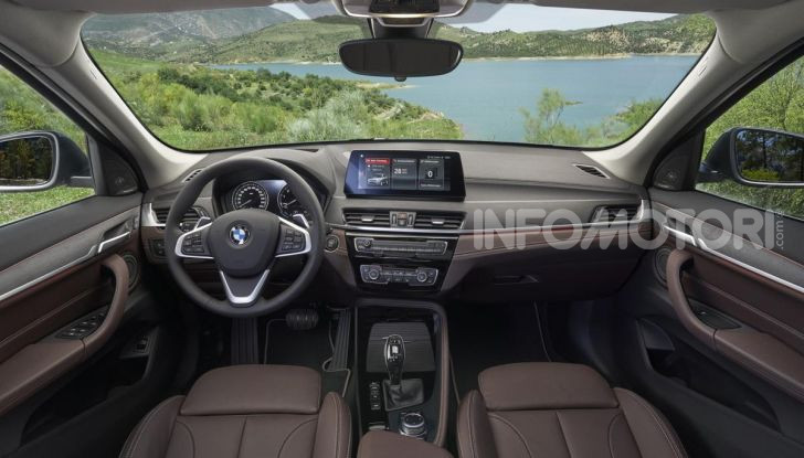 BMW Italia dona 50mila mascherine agli ospedali italiani - Foto 15 di 26