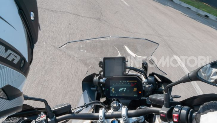 Prova video BMW R1250GS Adventure 2019 – Quanto è cresciuta la regina? - Foto 31 di 37