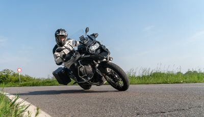 Prova video BMW R1250GS Adventure 2019 – Quanto è cresciuta la regina?