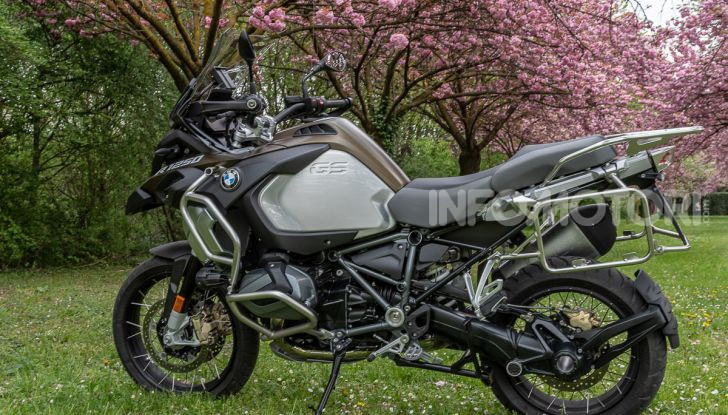 Prova video BMW R1250GS Adventure 2019 – Quanto è cresciuta la regina? - Foto 3 di 37