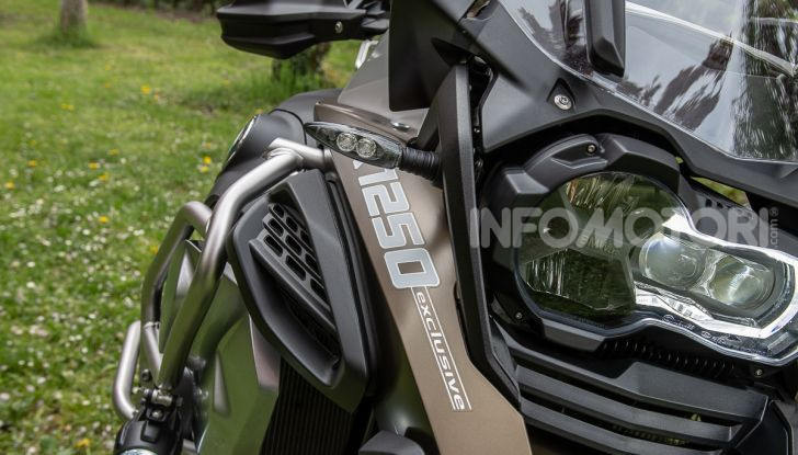 Prova video BMW R1250GS Adventure 2019 – Quanto è cresciuta la regina? - Foto 13 di 37