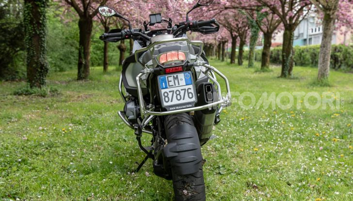 Prova video BMW R1250GS Adventure 2019 – Quanto è cresciuta la regina? - Foto 18 di 37