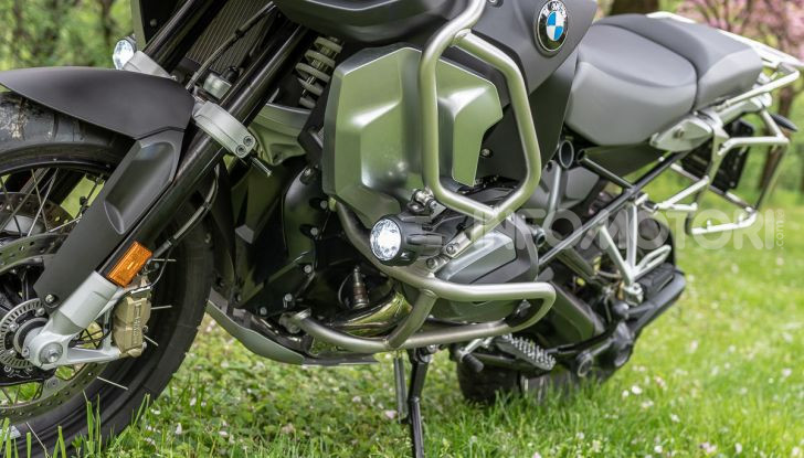 BMW R1250GS ADVENTURE EXCLUSIVE fasatura variabile ShiftCam per il nuovo 1250