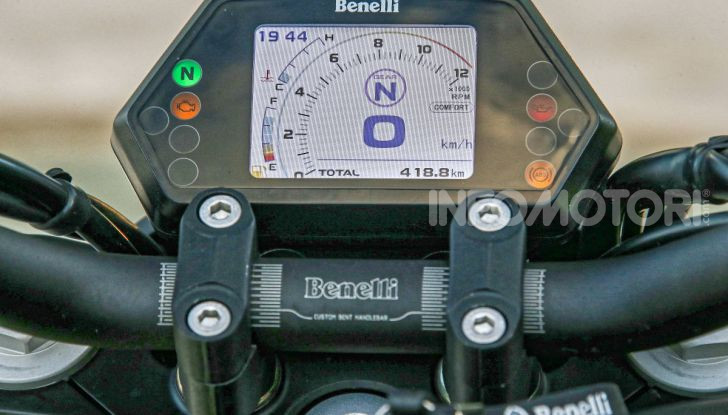Prova in anteprima: nuova Benelli  502C, arriva la urban cruiser della casa di Pesaro - Foto 7 di 60